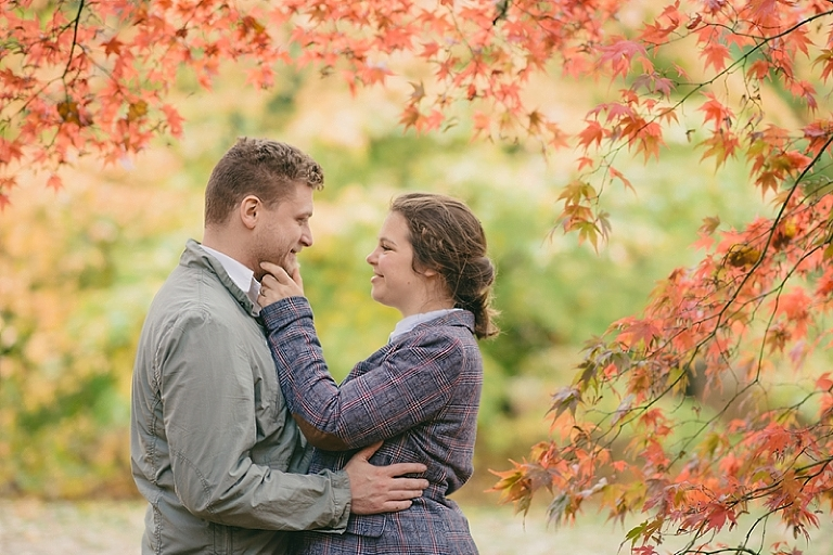 westonbirt-arboretum-engagement-shoot_ria-mishaal-photography-002