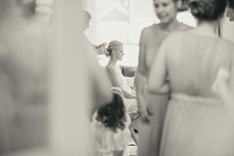 Hampden-house-wedding-jo-dave-ria-mishaal-photography-002
