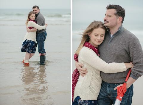 bamburgh-beach-engagement-shoot_ria-mishaal-photography-004